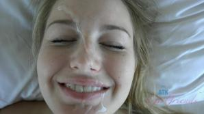 That pretty face got a load of cum in the morning
